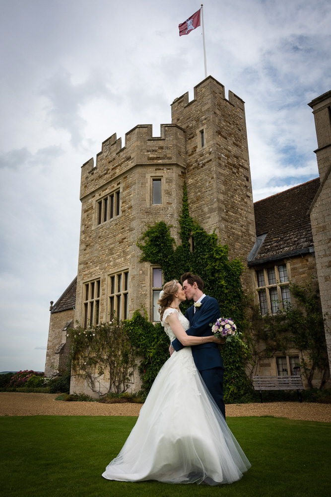wedding photographer Rutland - weddings at Rockingham Castle - Elli Dean Photography