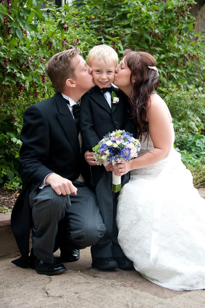 Wedding photographer Rutland - Oakham photographer - Oakham church - Elli Dean Photography