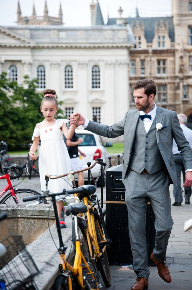 Wedding photographer Cambridge - Cambridge wedding photography - Double Tree by Hilton Cambridge - Elli Dean Photography